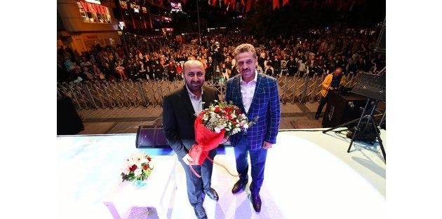 Ömer Döngeloğlu' Gaziosmanpaşalılar ile Buluştu