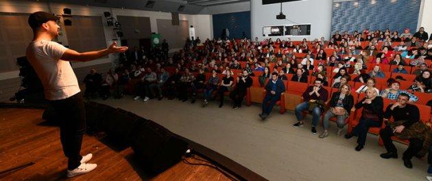 Onur Şan Konseriyle Sanatseverler Gaziosmanpaşa'da Buluştu