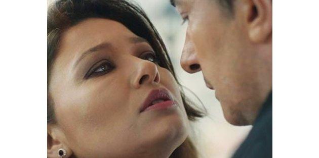 Paramparça dizisindeki öpüşme krizini açıkladı!