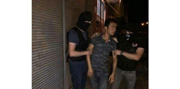 Şehide hakaret eden Ozan Ayede gözaltına alındı