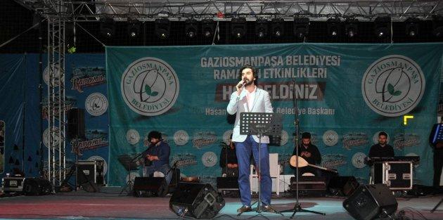 Serdar Tuncer, Şiirleriyle Gaziosmanpaşalılara Unutulmaz Bir Gece Yaşattı