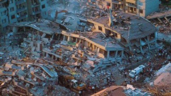 'Sonuçları çok büyük olacak' deyip beklenen İstanbul depreminin şiddetini açıkladı