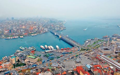 İstanbul'un en önemli turistik bölgesi tarihî yarımadanın sahil şeridi yayalaştırılacak.