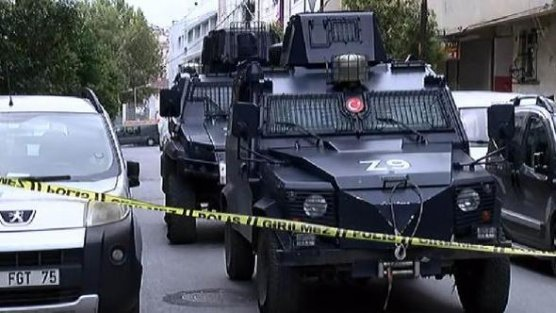 Sultangazi'de silahlı kavga: 4 yaralı