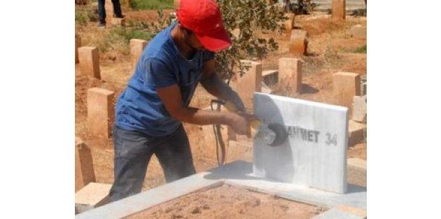 Terörist mezarlarında temizlik!