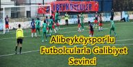 Alibeyköyspor'lu Futbolcularla Galibiyet Sevinci
