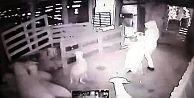 Arnavutköy'de kurbanlıkları çaldılar