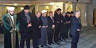 Başbakan Yıldırım Tataristan'da namaz...