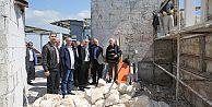 Başkan Aydın Rami'de Kışla Restorasyonunu İnceledi