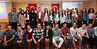 Başkan Usta, üniversiteyi kazanan gençlerle biraraya geldi