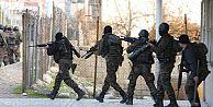 CHP askerlerin yargılanmasını istedi