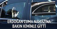 Cumhurbaşkanı Erdoğan Cuma namazına torunuyla gitti
