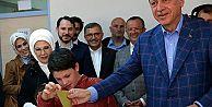 Cumhurbaşkanı Erdoğan: Milletimiz tercihini yaparak geleceğe yürüyecektir