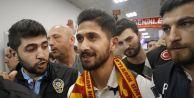 Emre Akbaba Galatasaray için İstanbula...