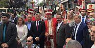Gaziosmanpaşa'da Ücretsiz Cağ Kebabı, Uzun Kuyruklar Oluşturdu