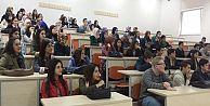 Gaziosmanpaşa Belediyesi Gençlik Merkezi'nde Üniversite Sınavlarında Büyük Başarı