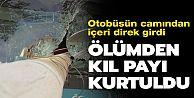 Gaziosmanpaşa'da otobüsün camından direk girdi