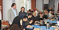 Gaziosmanpaş'da  Engelli kursiyerler ve aileleriyle kahvaltı programı