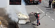 Gaziosmapaşa'da Araç Yangını!
