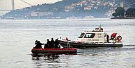 İstanbul Boğazı'nda sürat teknesi battı!