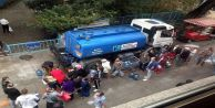 Kadıköy'de belediye tankerlerle su dağıttı