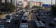 Metrobüs arıza yaptı, trafik felç oldu