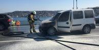 Polis aracı köprüde yandı