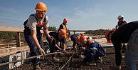 Rusya'daki 10 bin Türk işçi tedirgin!