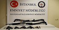 Sultangazi'de Çuval İçerisinde Tüfek ve Silahlar Ele Geçirildi