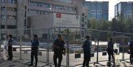 Üç belediye başkanı terör bağlantısı nedeniyle görevden uzaklaştırıldı