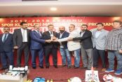 Gaziosmanpaşa Belediyesi'nden 24 Amatör Spor Kulübüne Malzeme Desteği