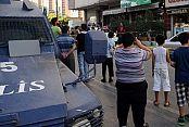 Sultangazi'de uzun namlulu silahlarla kuyumcu soygunu
