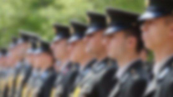Yeni KHK ile 400 FETÖ'cünün TSK'dan ihraç edileceği iddia edildi