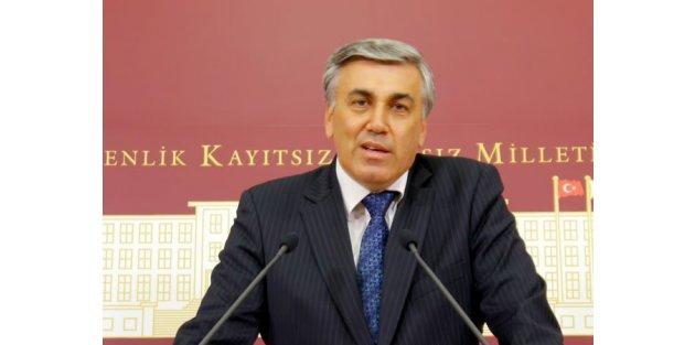 Yusuf Halaçoğlu'nun yerine Mehmet Günal