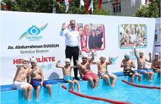 Sultangazi'de Çocuklara Yaz Hediyesi: Yüzme Havuzları Açıldı!