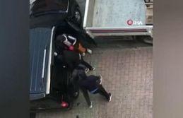 Sultangazi'de gündüz vakti 20 bin liralık soygun