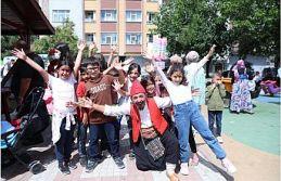 Çocuk Festivali, Sultangazi'yi Şenlendirdi