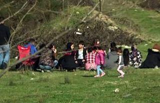 Arnavutköy'de kısıtlamada piknik yapanlara...