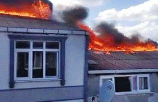Sultangazi'de ev sahibi evini ateşe verdikten...