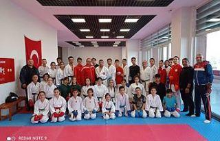 Gaziosmanpaşa Belediye Spor Kulübü,Karate Eğitim...