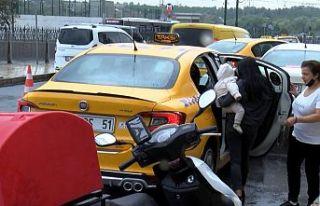 Gaziosmanpaşa'da taksi, bekleyen yolcuyu değil...