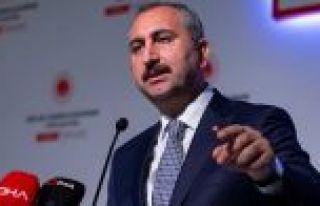 Adalet Bakanı Gül: Dumanla bile haberleşseler onları...