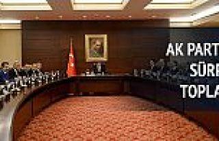 AK Parti'de Bakanlar Kurulu ve MYK üyeleriyle toplantı