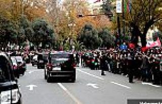 Azerbaycan'da Dağlık Karabağ zaferi kutlaması