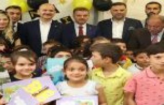 Bakan Soylu Gaziosmanpaşa'da Öğrencilerin Karne...