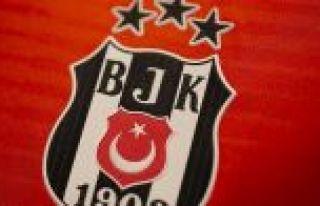 Beşiktaş 4 futbolcusunun takımdan ayrılacağı...