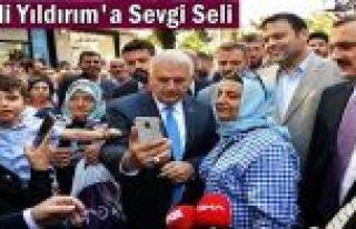 Binali Yıldırım'a Gaziosmanpaşa'da Sevgi Seli...