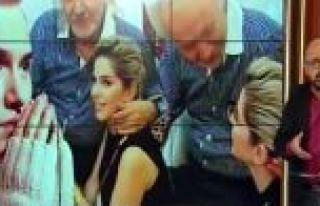 Bu fotoğrafları basına sızdıran Gülben Ergen...
