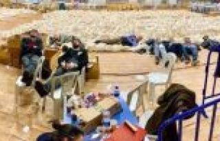 CHP'liler oylarla uyumaya devam ediyor