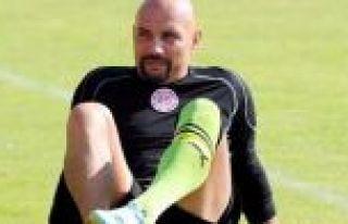 Eski milli futbolcu gözaltına alındı!